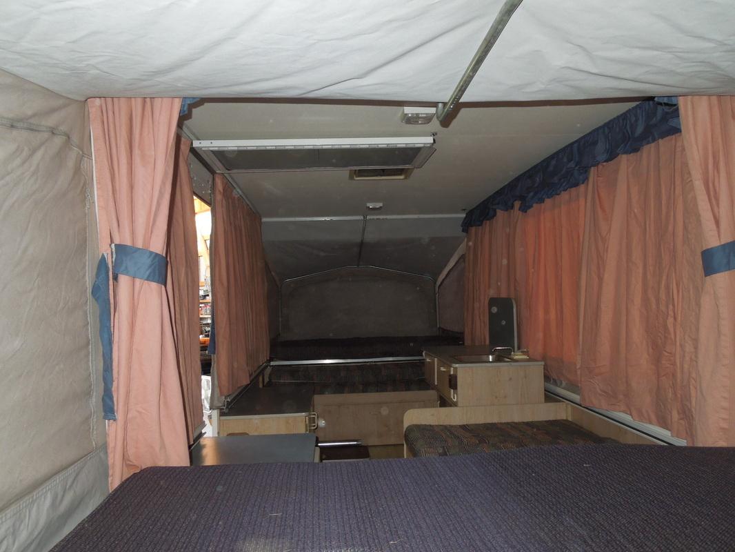 Starcraft 1224 Popup Camper Home